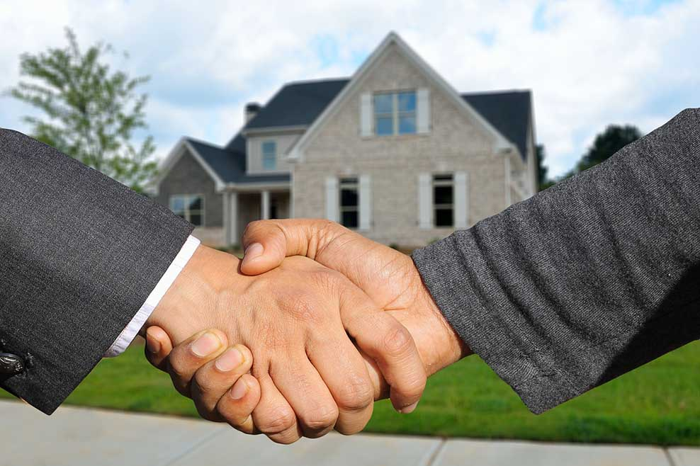 landlord changing real estate agents