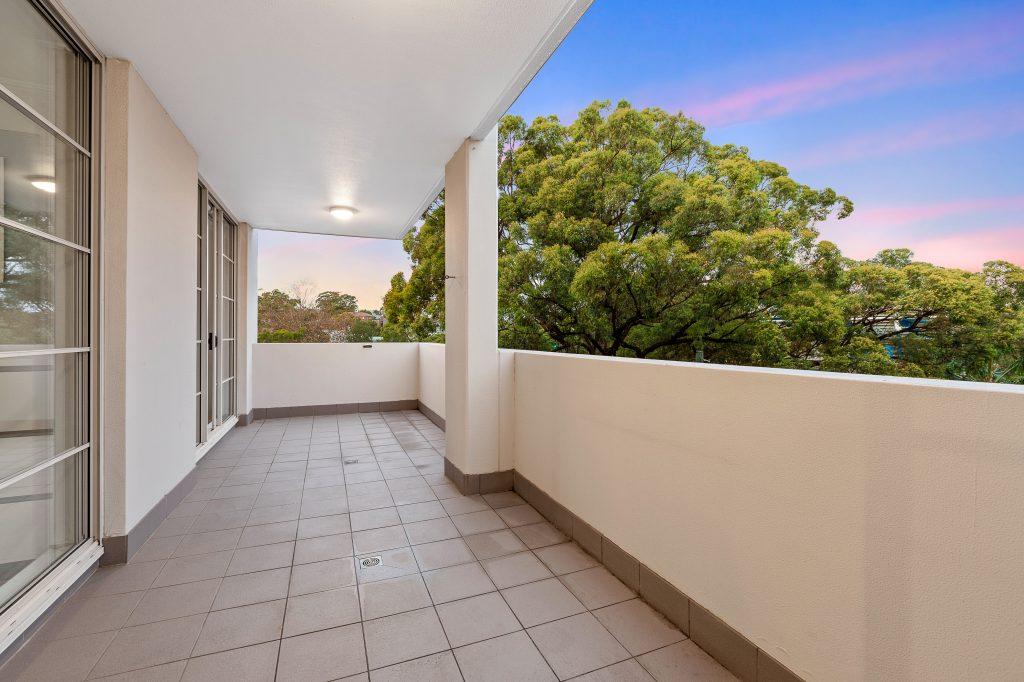 68/228 Moore Park Road, Paddington, NSW 2021 balcony